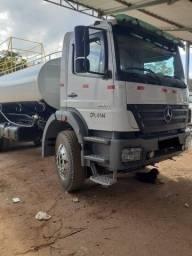 Caminhão Pipa Axor 2831