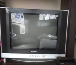 Vendo Tv de tubo com conversor