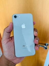 IPhone 8 64gb Silver - ótimo estado