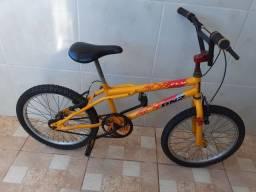 Vendo bicicleta, linda!!! Só buscar e andar!!!