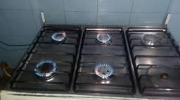 Fogão 6 bocas forno grande marca Dako