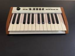 Teclado Midi Controler Arturia The Player 25 teclas