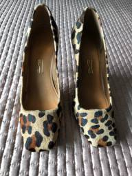 Sapato Santa Lolla animal print número 38