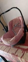 Vendo bebê conforto menina usado
