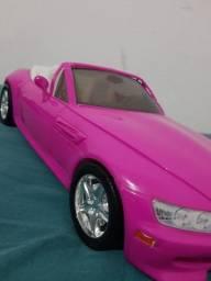 Carro de brinquedo
