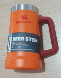 Caneca Stanley Original. Apenas duas restantes.