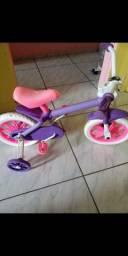Vendo bicicleta infantil menina