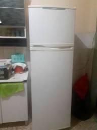 Otima geladeira fross free