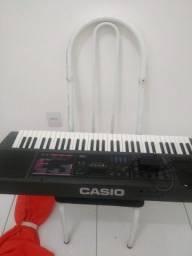 Vendo teclado casio 300,00