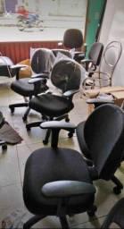 Cadeira digitador com apoio de braços