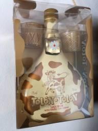 Kit Licor Tolón Tolón Whisky Creme 700ml + 2 Copos