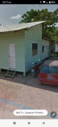 Vendo uma casa no final da fab santa Rita