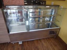 Balcão estufa para salgados e balcão refrigerado para bolos,doces tortas e outros