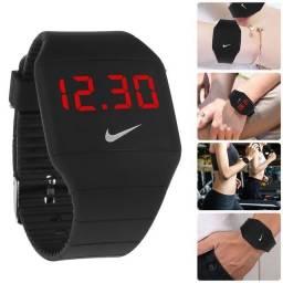 Relógio pulseira L E D  Esportivo / masculino /  feminino / unissex / resistente à água