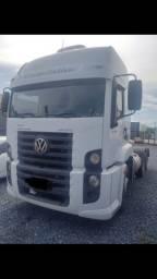 Caminhão VW 25.370 CLM T 6x2