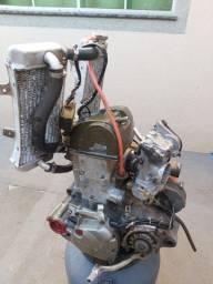 Vendo ou troco motor de crf 450r