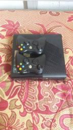 Xbox 360 destravado 2contoles e 500 gigas