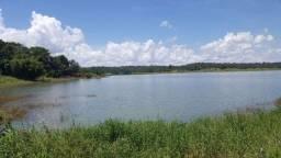 Chacara beira do lago corumba