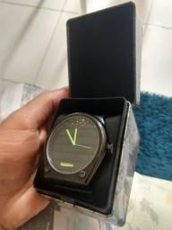 374b076396f Vendo relógio chilli beans edição limitada