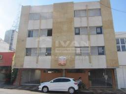 Apartamento para alugar com 3 dormitórios em Centro, Uberlândia cod:273856
