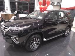 SW4 SRX 0 km - Hilux SW4 - 4X4- Turbo Diesel - Automatica - 2019