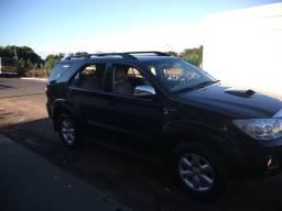 Toyota Hilux SW4 - 2010