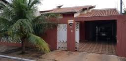 Oportunidade Casa com piscina de 3 quartos no Santa Cruz Aceita financiamento