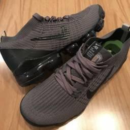 Tênis Nike Vapormax Cinza
