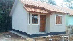 49343- Casa 2 dormitórios com pátio em Nova Santa Rita,