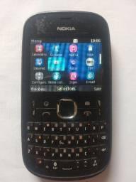 Celular Nokia asha 200 em boas condições