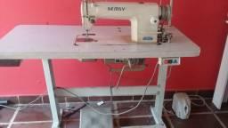 Maquina de costura reta marca Gemsy em Itapecerica da Serra