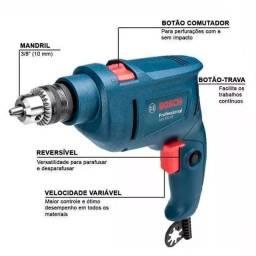 Furadeira Bosch 450w nova na caixa