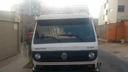 Caminhão VW DELIVERY 8.150 E
