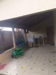Vende-se uma casa. Valor 75.000 mil. Ourilândia do Norte-Pará