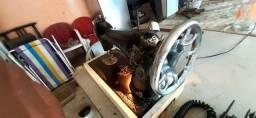 maquina de costura singer  com motor