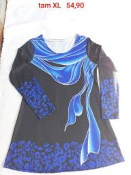 Blusa preta e azul manga renda