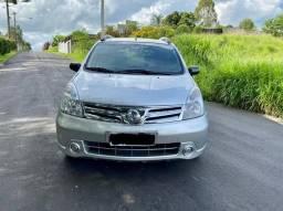 Nissan Livina S 2013 Automática