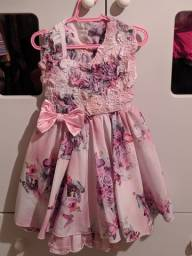 Vestido florido  pós festa vesti até 3 anos