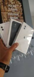 IPhone 11 64GB - LACRADO - 12 Meses Garantia Apple - BR