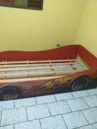 Vendo uma cama infantil do carro