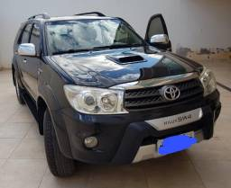 Hilux SW4 SRV 4x4 2010 - 07 lugares
