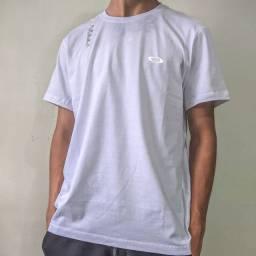 Camiseta Oakley Refletiva (Tam. M)