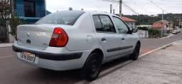 Clio Sedã Completo ACEITO TROCAS