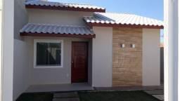 Linda Casa Linear com quintal amplo (Ref C1703)