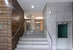 Título do anúncio: Apartamento originalmente 3 quartos modernizado para 1 quarto.