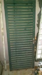 Porta, janelas e pias