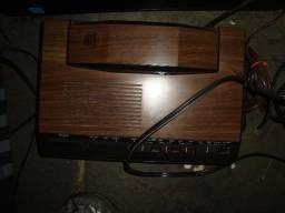 Rádio Relógio Telefone americano decorado madeira antigo funcionando Cobra = 150 reais