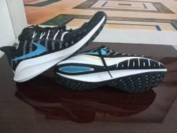 Nike Zoom Vomero 14 novo tamanho 43