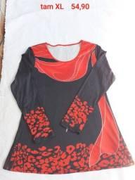 Blusa preta e Vermelha gola redonda