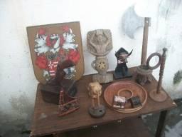 Peças antigas Esculpidas em madeira